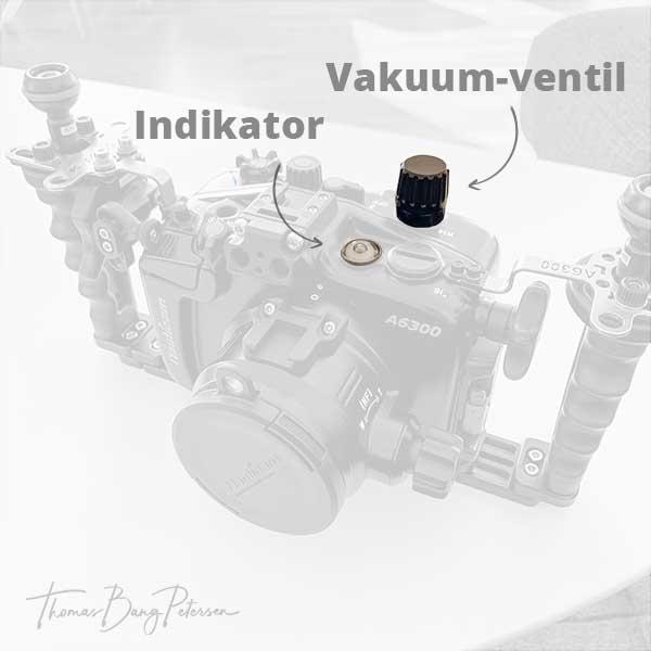 Nauticam vacuum system